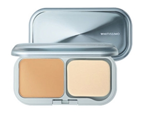 POLA- Whitissimo Powder Foundation Color P2 /SPF 30 PA+++